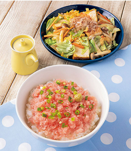 ヨシケイのプチママネギトロ丼